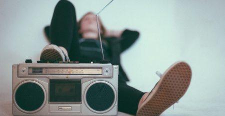 radio-2588503_1920